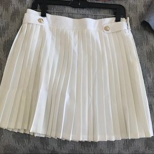 Misguided White pleated mini skirt